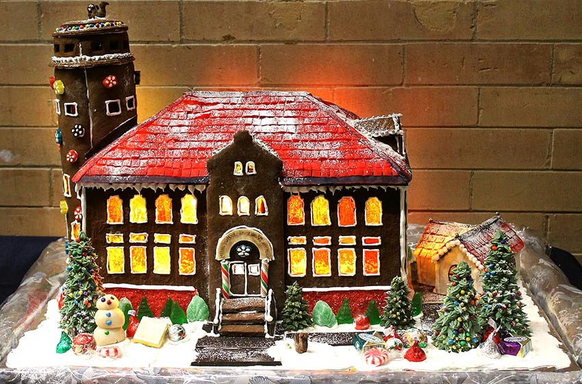 Sarah Namer's gingerbread house of the Munk School